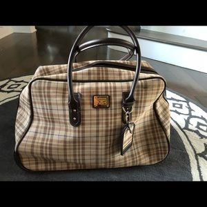 Liz Claiborne Plaid rolling travel bag